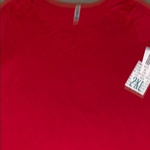 LuLaRoe 2XL CLASSIC T Solid Red NWT